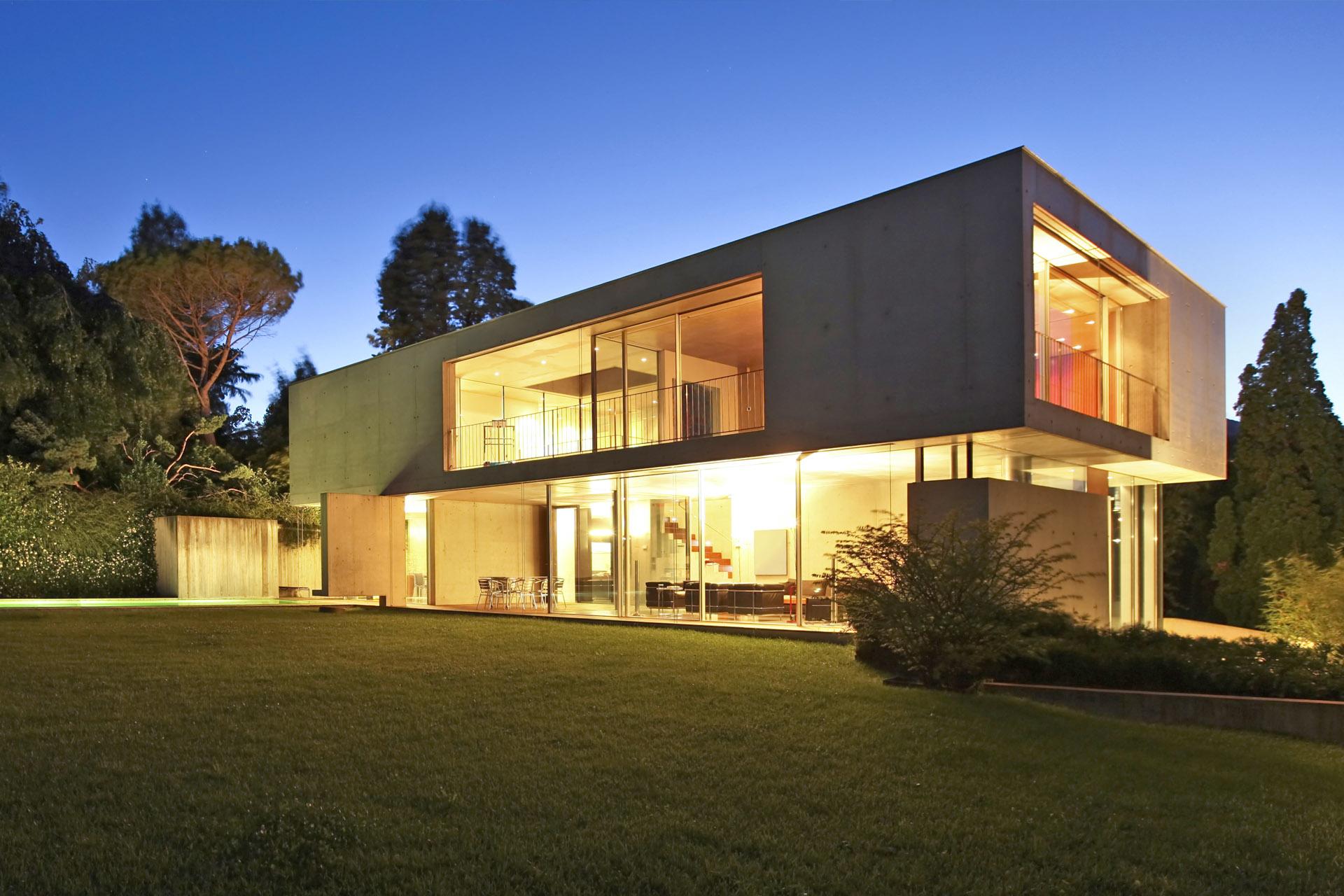 Freistehendes Betonhaus